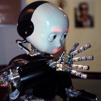 پاورپوینت آماده رباتهای انسان نما