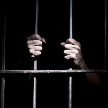 تحقیق بررسی آزادی مشروط زندانیان و جوانب آن